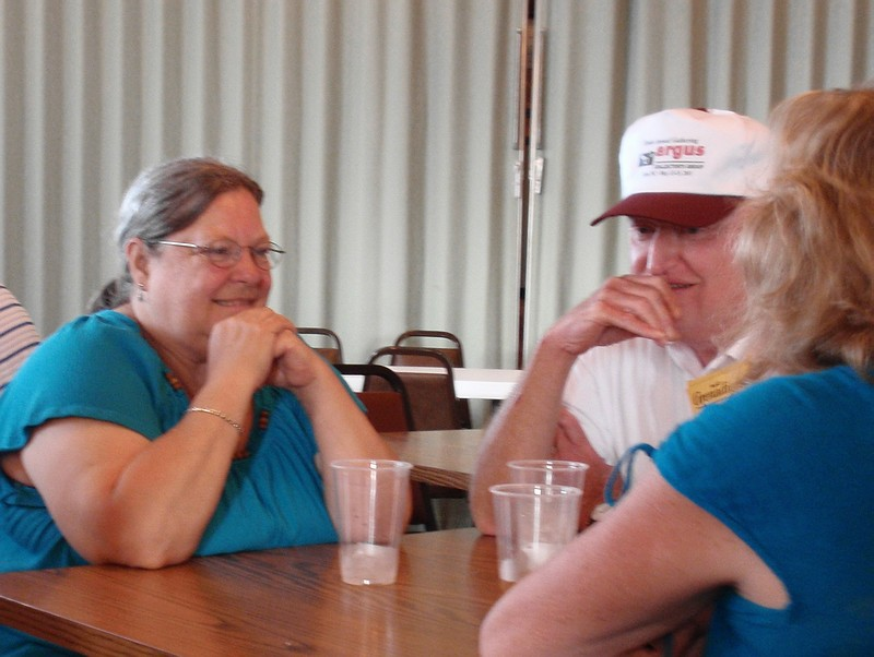 5140051_Patty and Doug Wilcox with Cheryl Chidesters left arm.JPG