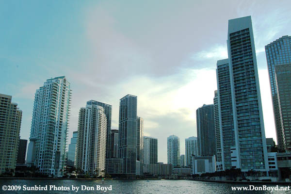 2009 - the mouth of the Miami River with Brickell Key (former Claughton Island) on the left and downtown on the right (#1646)