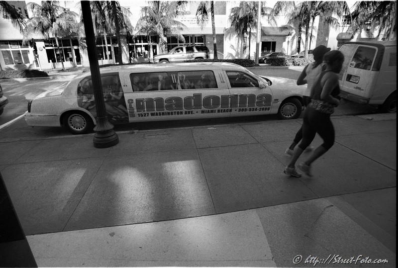 Street scene on Washington Avenue in Miami Beach, Miami, Florida, USA, 2010. Street Photography of Miami, San Francisco and Key West by Emir Shabashvili, see http://street-foto.com, http://miamistreetphoto.com, http://miamistreetphotography.com or http://miamistreetphotographer.com