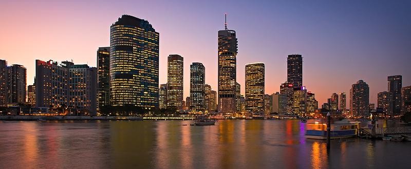 Brisbane River & Skyline at dusk