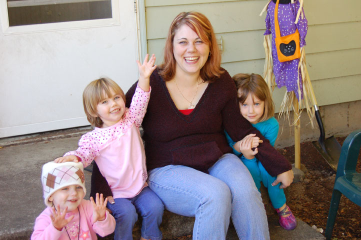 Kelsey, Lacy, Mom and Crista0025.jpg