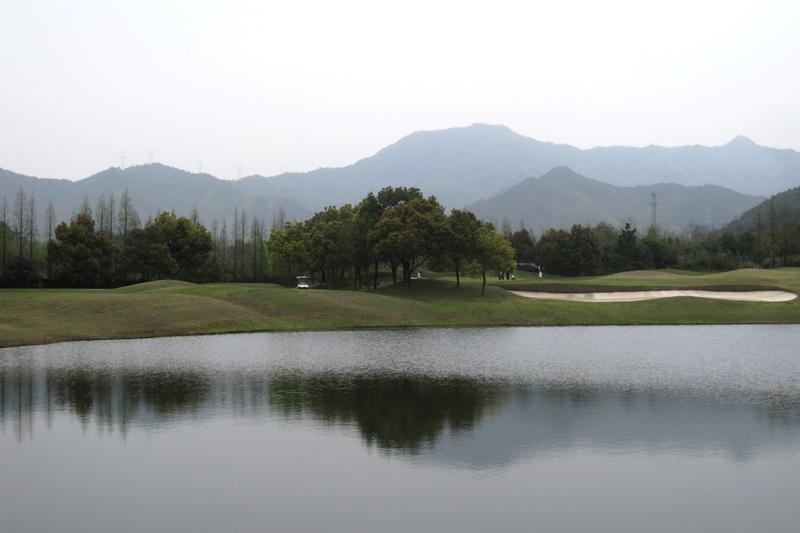 golf course IMG_6025.JPG