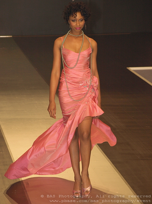 Bucharest Fashion Week 2008<br>Ersa Atelier<br>model Laurette Atindehou