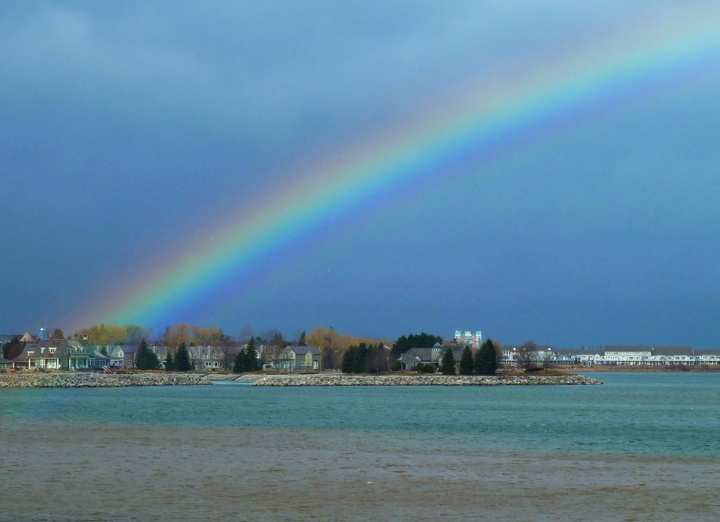 Collingwood Harbour, Mariners Haven Rainbow