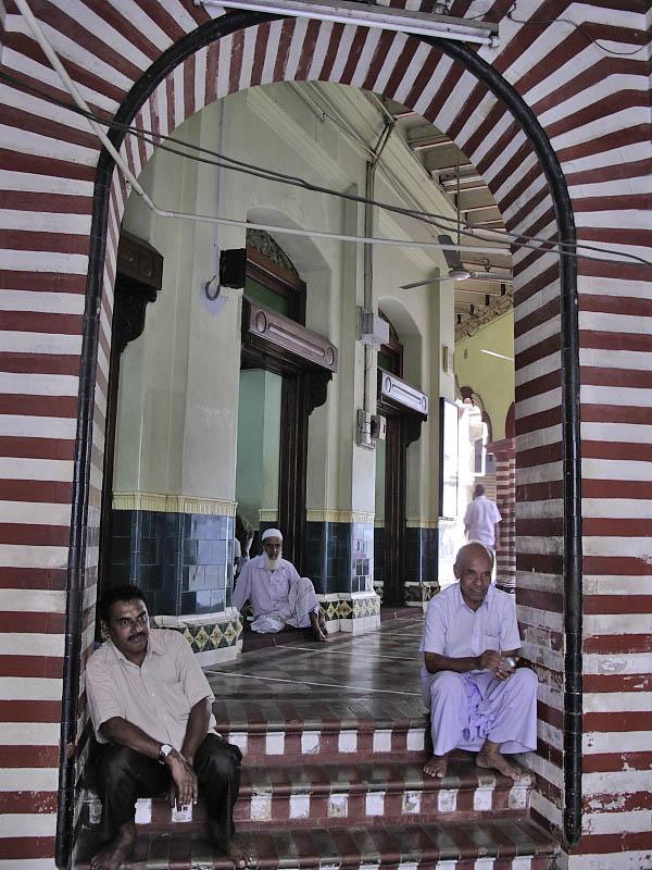 Colombo, Jami ul-Aftar