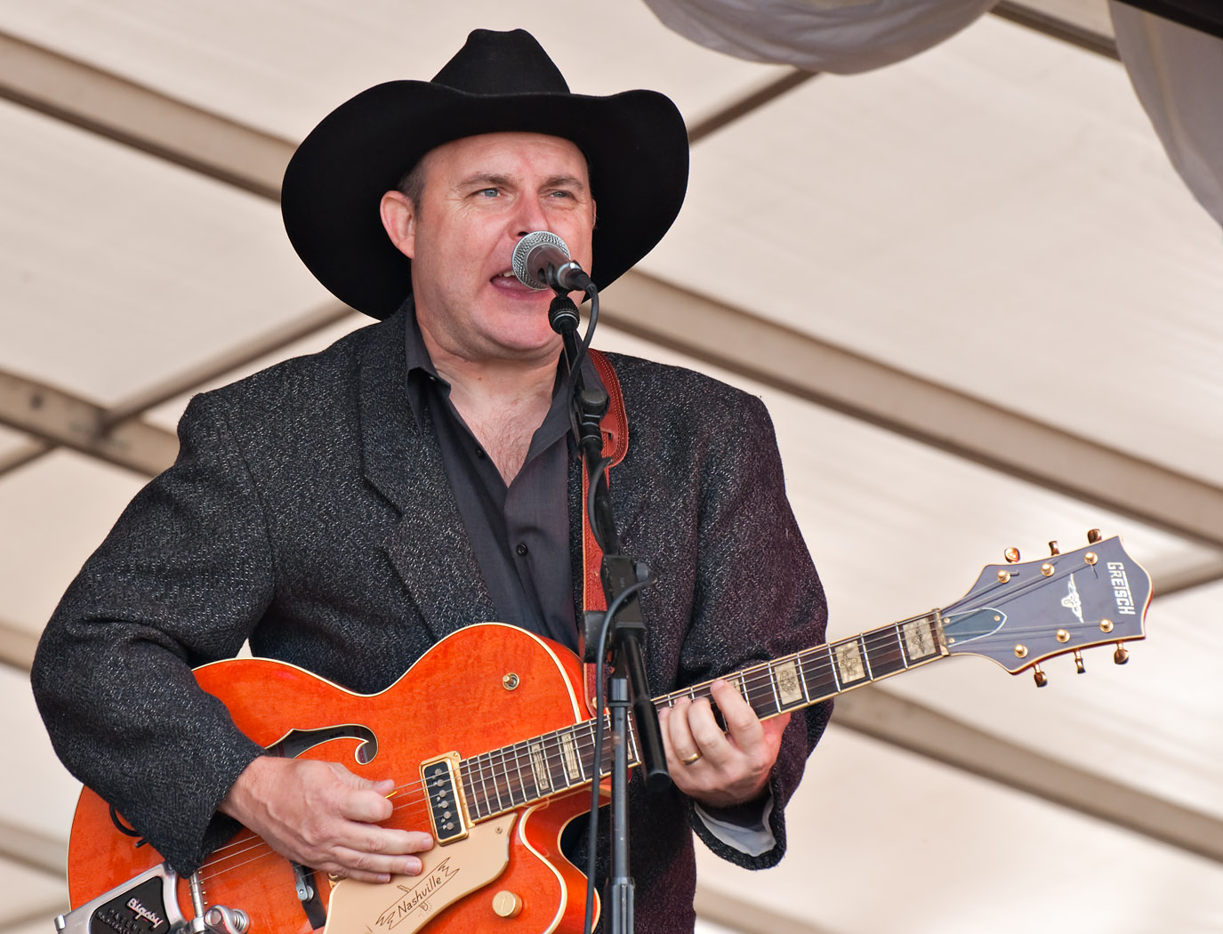 Dave shoots band at White Waltham