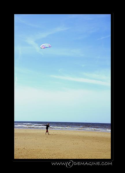 Fly a kite (lomo style).