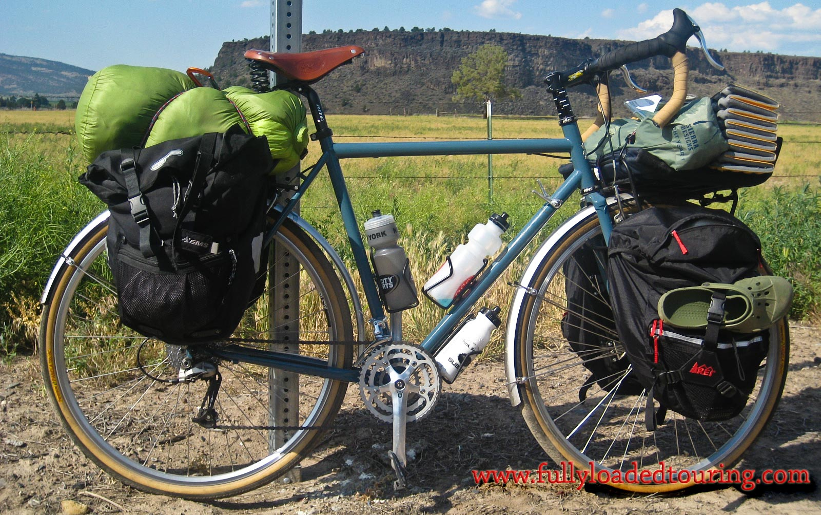 337    Rodger - Touring Oregon - Surly Long Haul Trucker touring bike