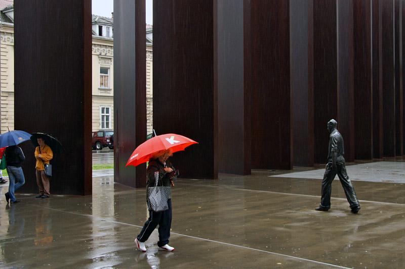 Osijek - Monument to the Defenders