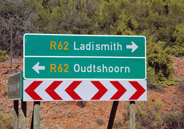 Route 62 connecting the Little Karoo towns of Ladismith and Oudtshoorn