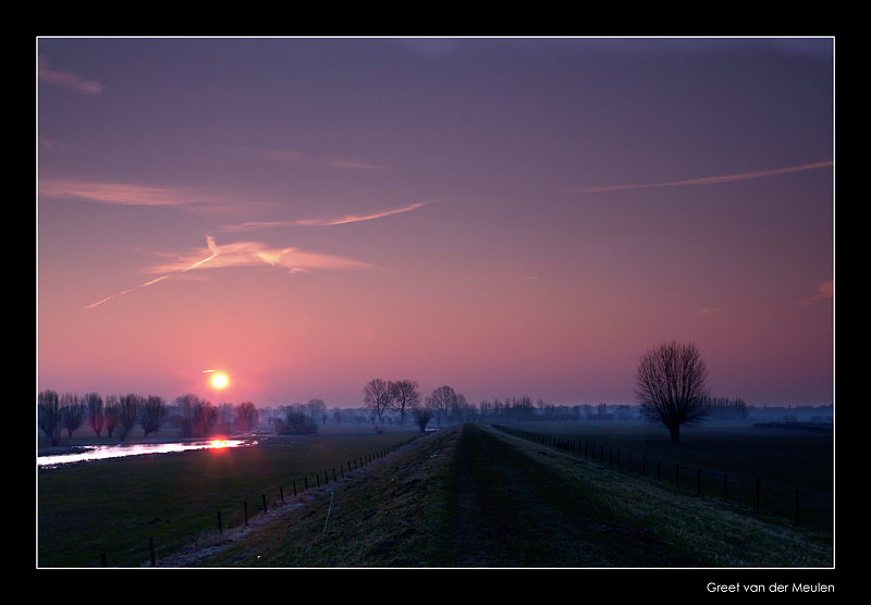 7751 sunrise in Dutch landscape in winter