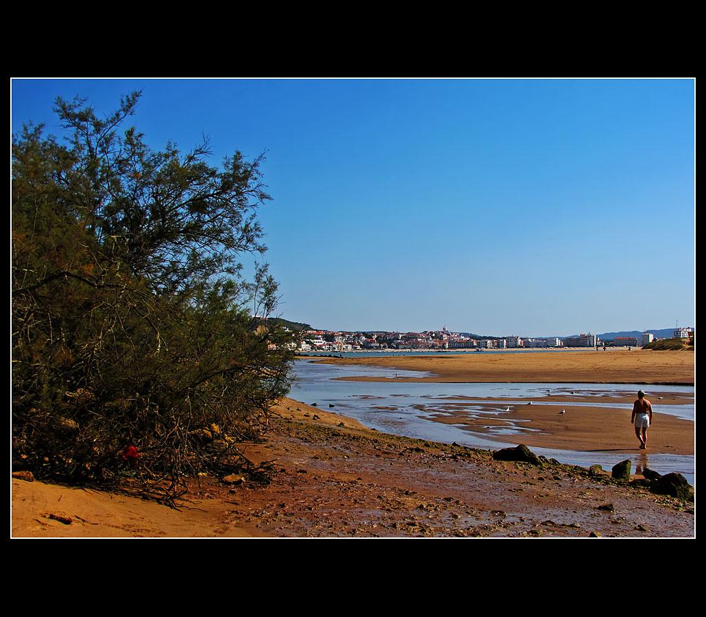 Walk to the sea water fountain ... 05