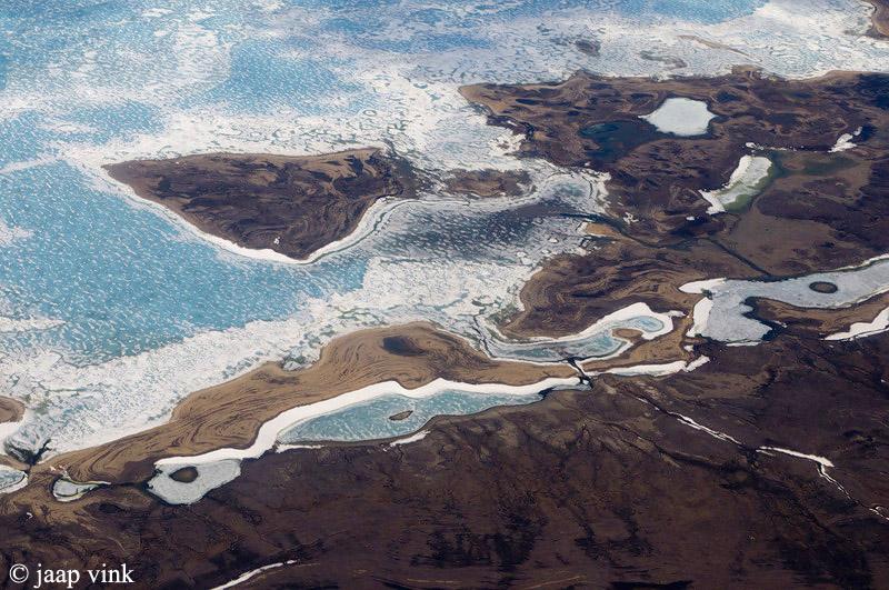 Arctic coast with sea ice - Arctische kust met zeeijs