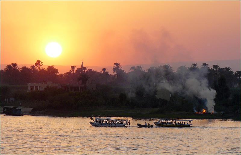 sunsetluxur.jpg