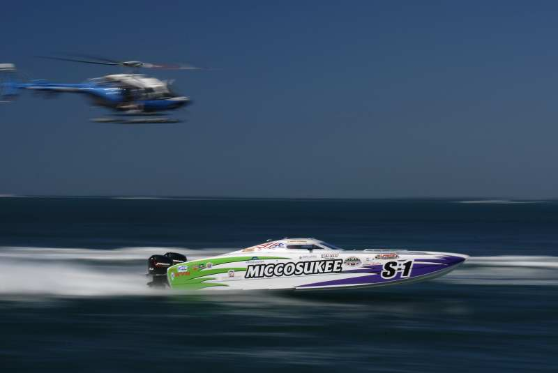 2007 Key West  Power Boat Races -- Motion photo 4