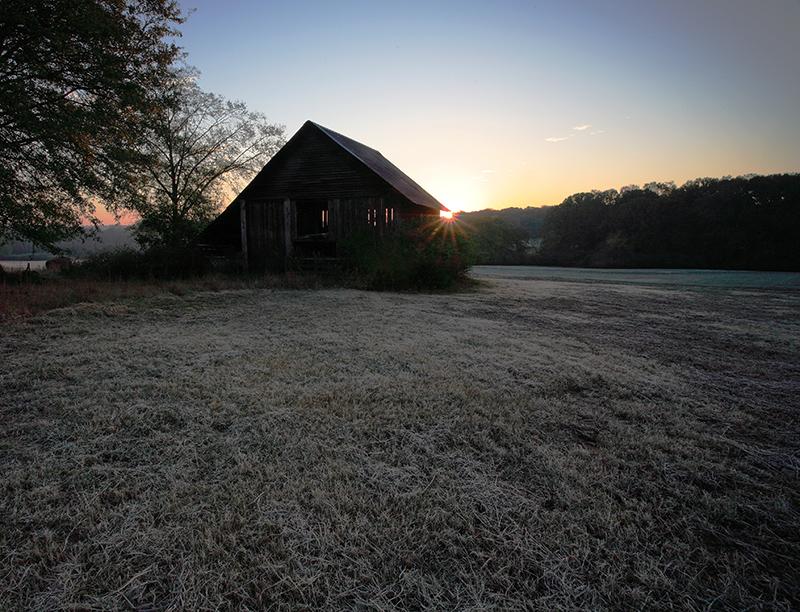 Barn on Frost.jpg