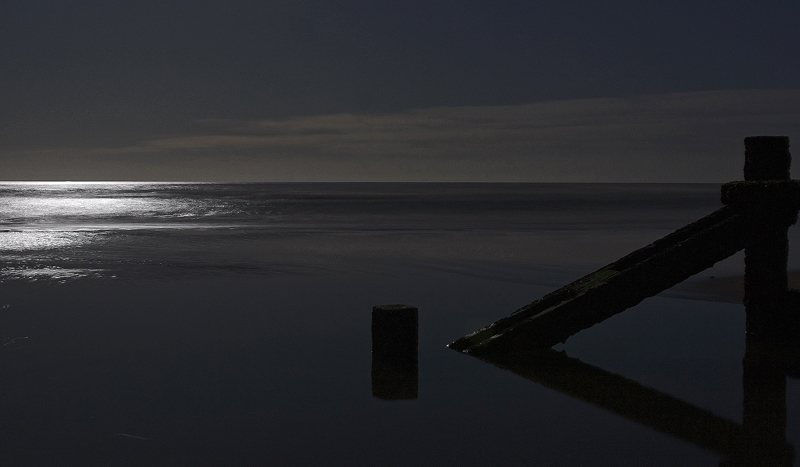 Minimalism<br>Moonlight!