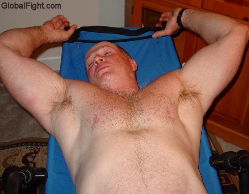daddy situps workout abs training heavyset man.jpg