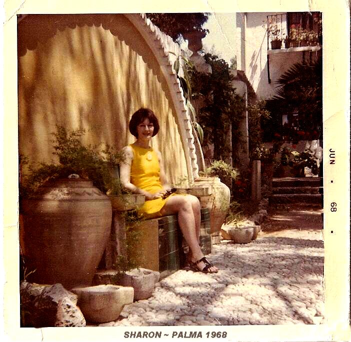 Sharon in Palma 1968