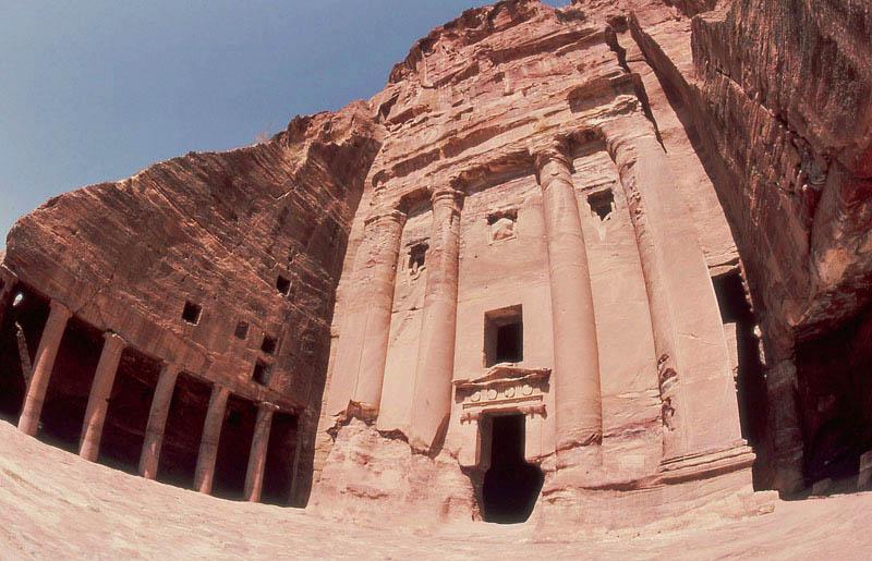0050 Urn Tomb.jpg