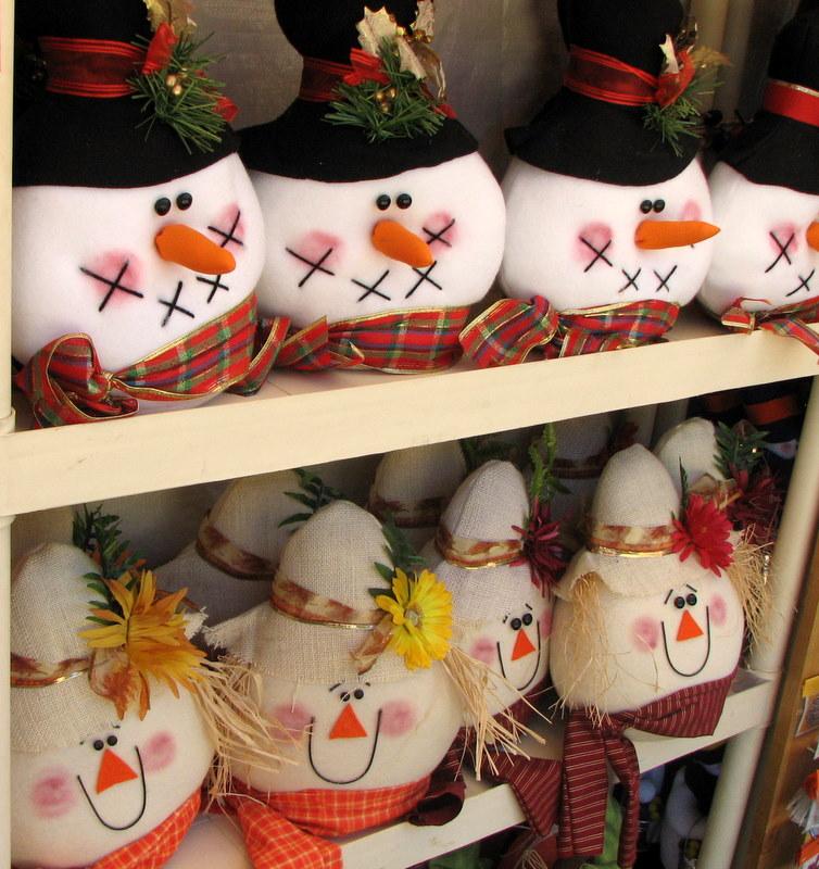 Snowmen & Scarecrows