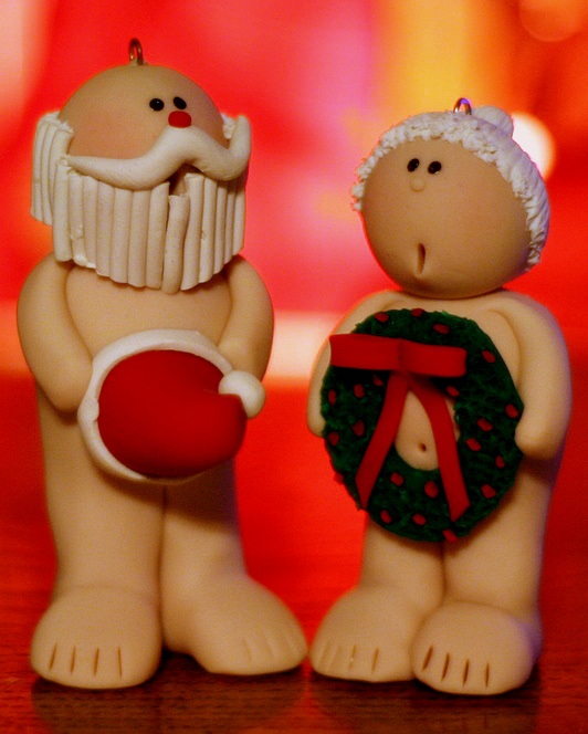 Scandalous Claus and the Mrs.
