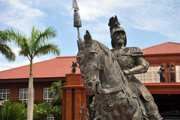 Statue of a mounted Spanish conquistador, Fort Ilocandian Resort, Laoag