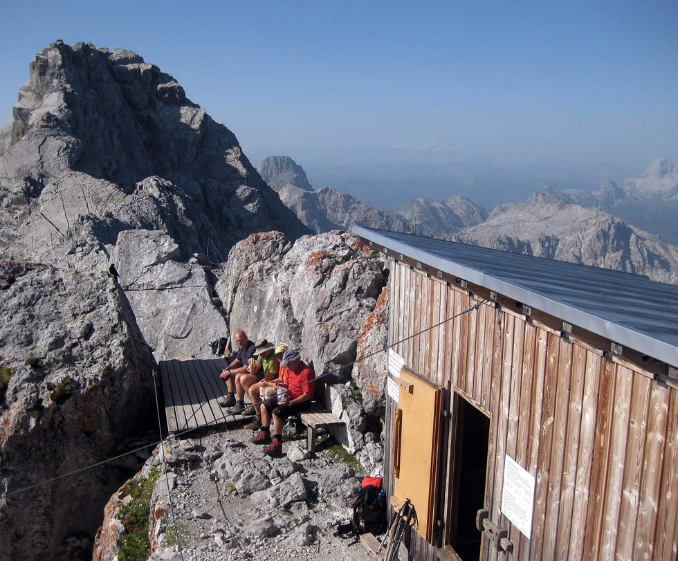 Watzmann north summit bivvy hut