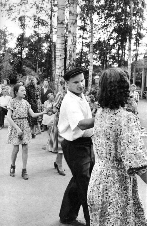 Sokolniki park, Moscow, USSR, 1954