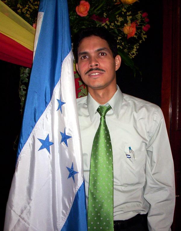 Con Bandera