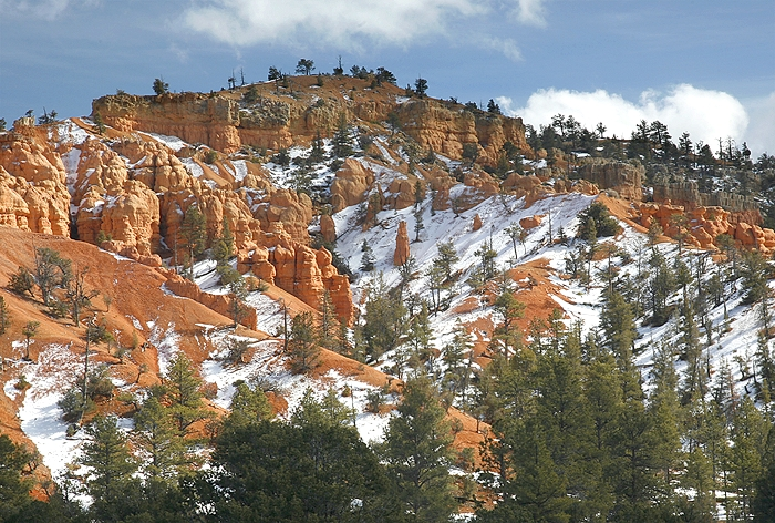 Approaching Bryce Canyon