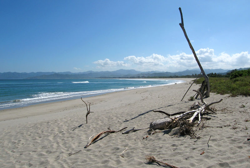 Kalala beach, Baing