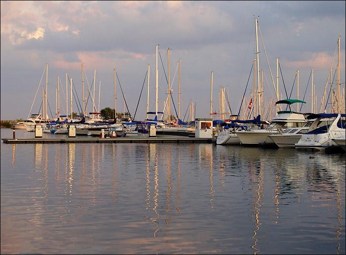 Sweet light over the docks