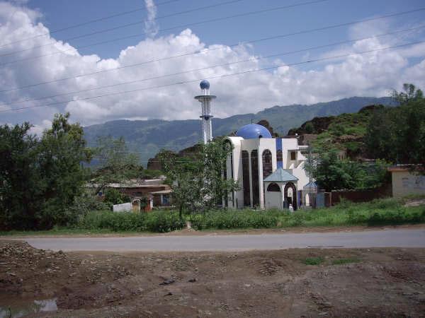 Mosque near Khoiratta