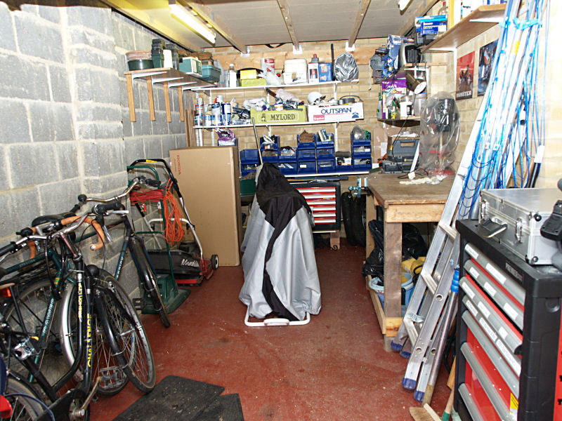 Charmant Organising The Garage