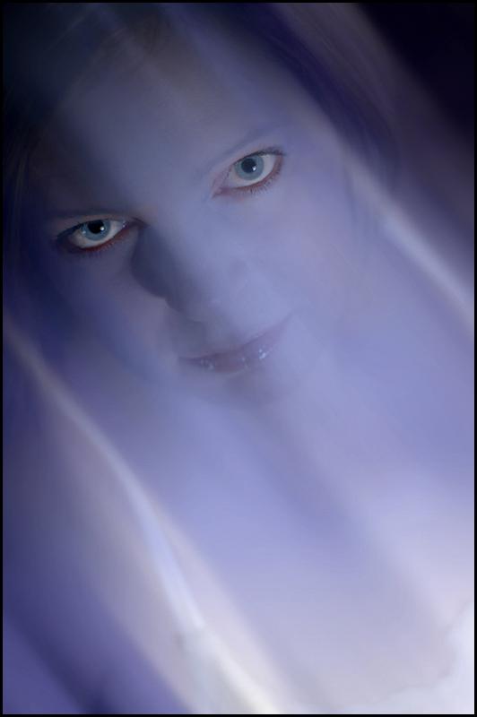 Ghosting ... (Nov 2005)