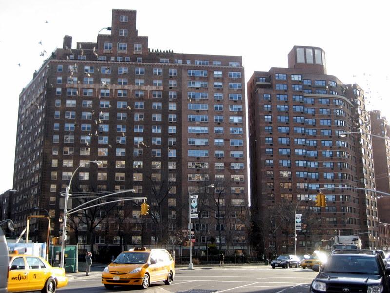 Walking in nyc the west village manhattan for Manhattan west village apartments