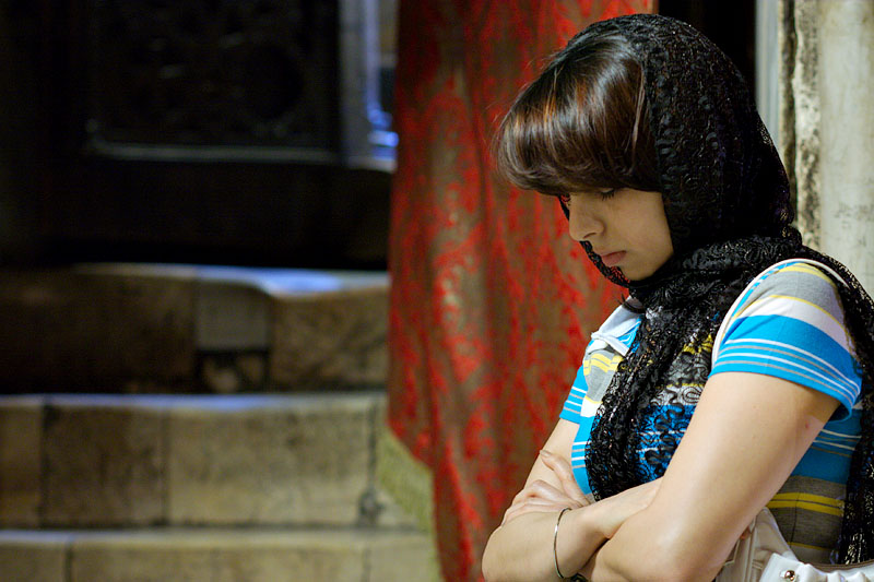 Woman praying - Bethlehem