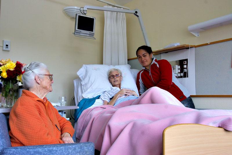 Nana, Mum and Juliana