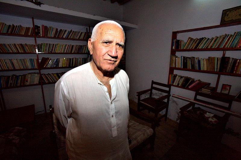 Dr. Sher Zaman Taizi