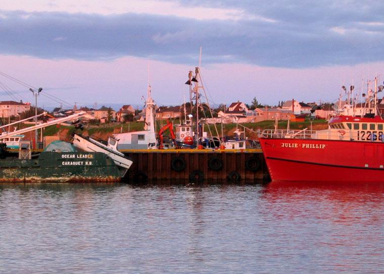 fishing boat *