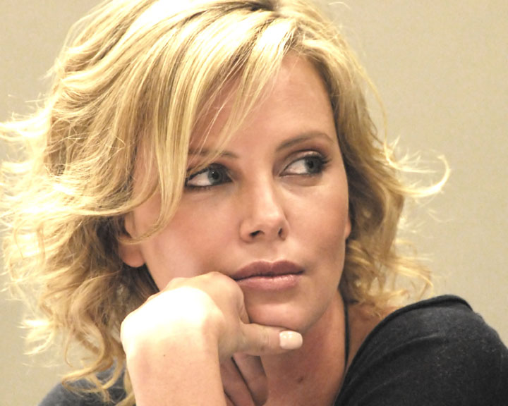 Charlize 076 A web_filtered.jpg