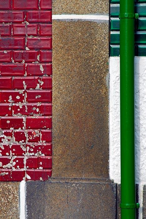 Red, granite, white, green pipe, white