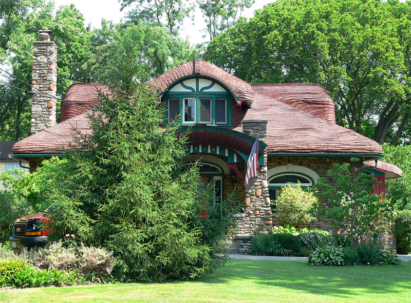 Cincinnati hyde park mushroom house cotswold cottage Ohio homebuilders