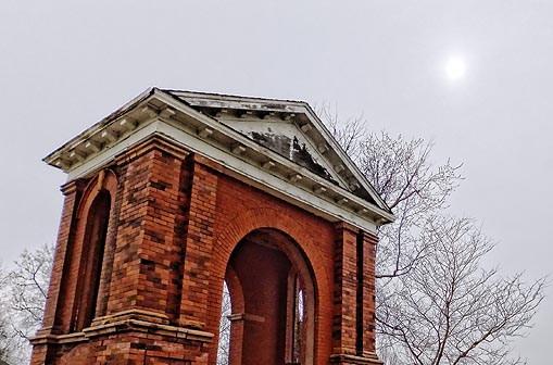 Collegiate Institute Arch DSCF01189