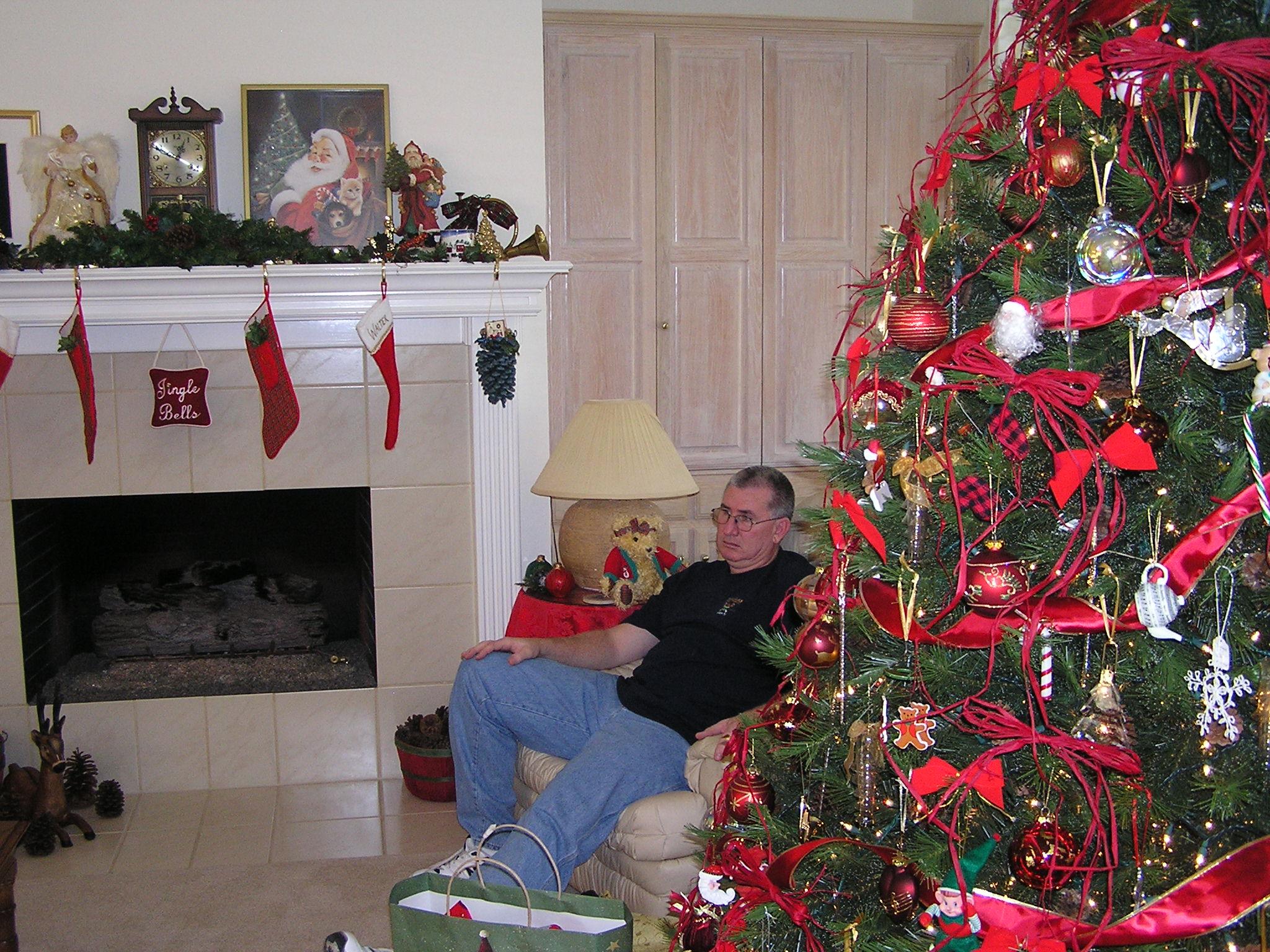 Brad Christmas 2005.JPG