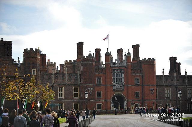 Hampton Court D700_05447 copy.jpg