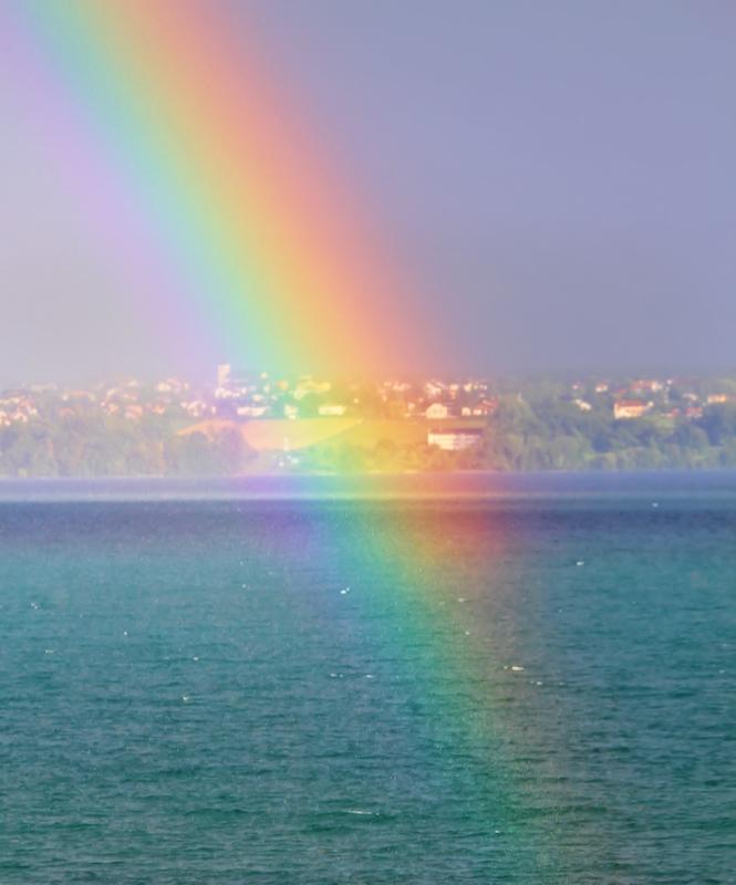 Rainbow mist...