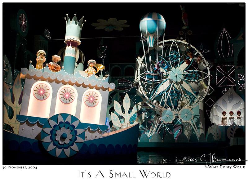30Nov05 Its a Small World - 7725