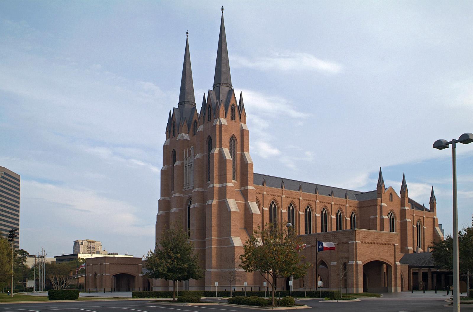 Saint Martins Church on Woodway 04